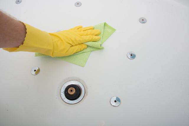 Hervorragend Badewanne putzen - wie es richtig geht - Badewannen-Blog HQ33