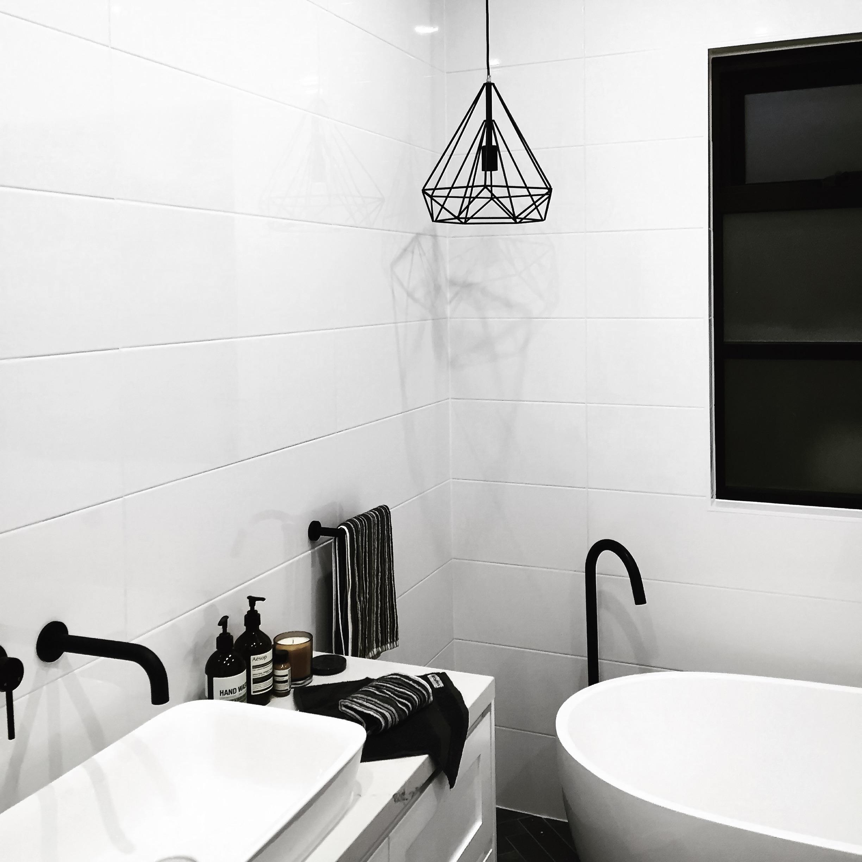 Matt schwarze Badarmaturen - Der Badezimmer Trend 16